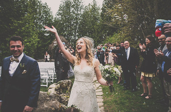 25 Questions You Should Never Ask a Couple on Their Wedding Day