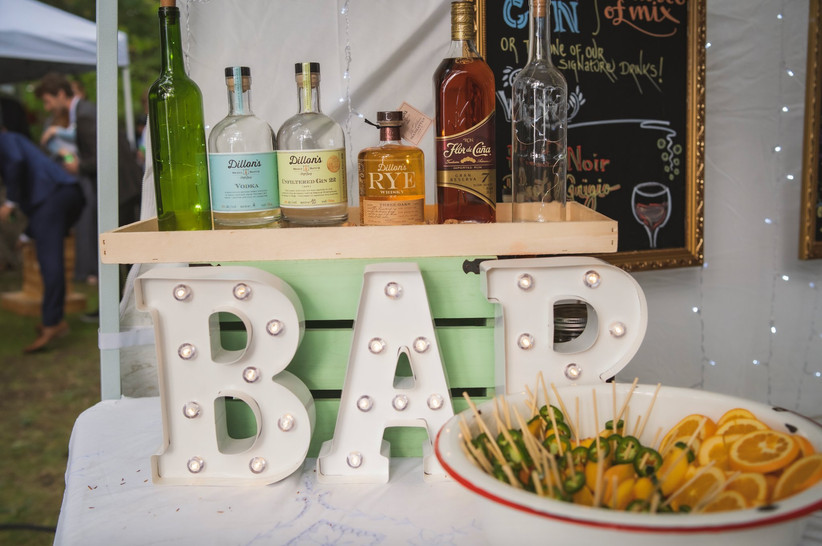 Cottage wedding bar