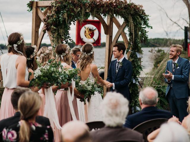 8 Stunning Outdoor Wedding Venues in Ottawa