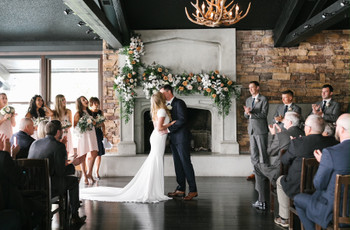 12 Fireplace Wedding Decor Ideas We're Absolutely Obsessed With
