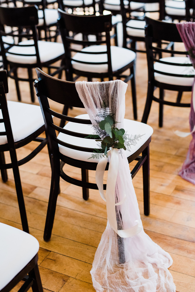 6 Creative Ideas For Your Wedding Aisle Decorations
