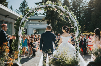 9 Stunning Outdoor Wedding Venues in Vancouver