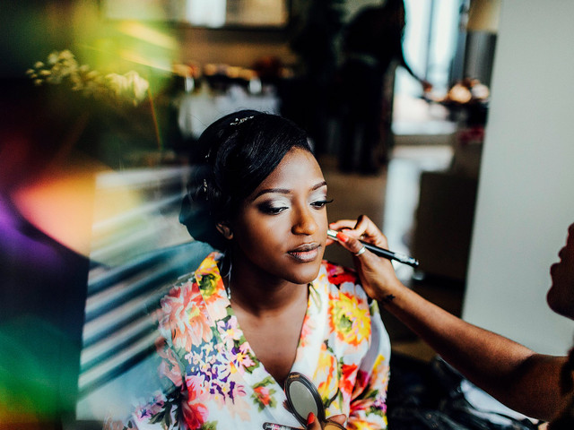 How to Select Your Wedding Makeup Look