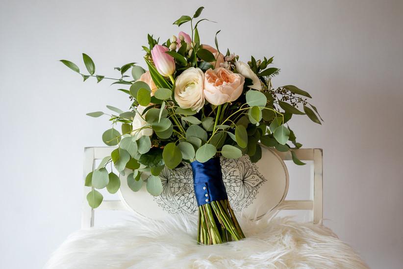 Ribbon wedding  bouquet wrap