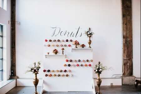 12 Creative Ways to Display Donuts at Your Wedding