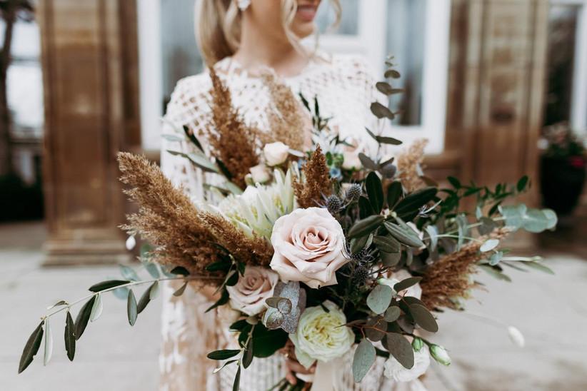 Pampas grass wedding bouqet