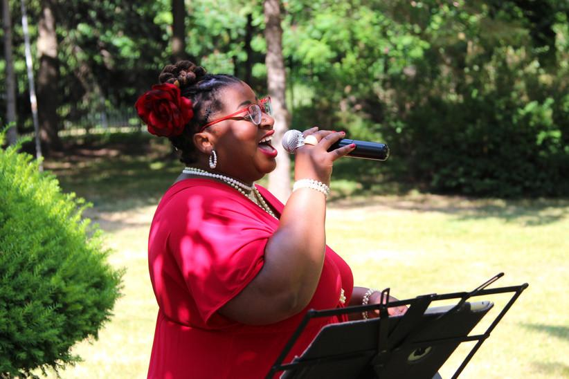 Wedding ceremony vocalist