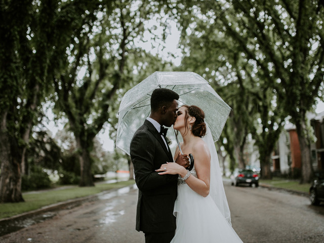 5 Reasons Why Rainy Wedding Days Are Awesome