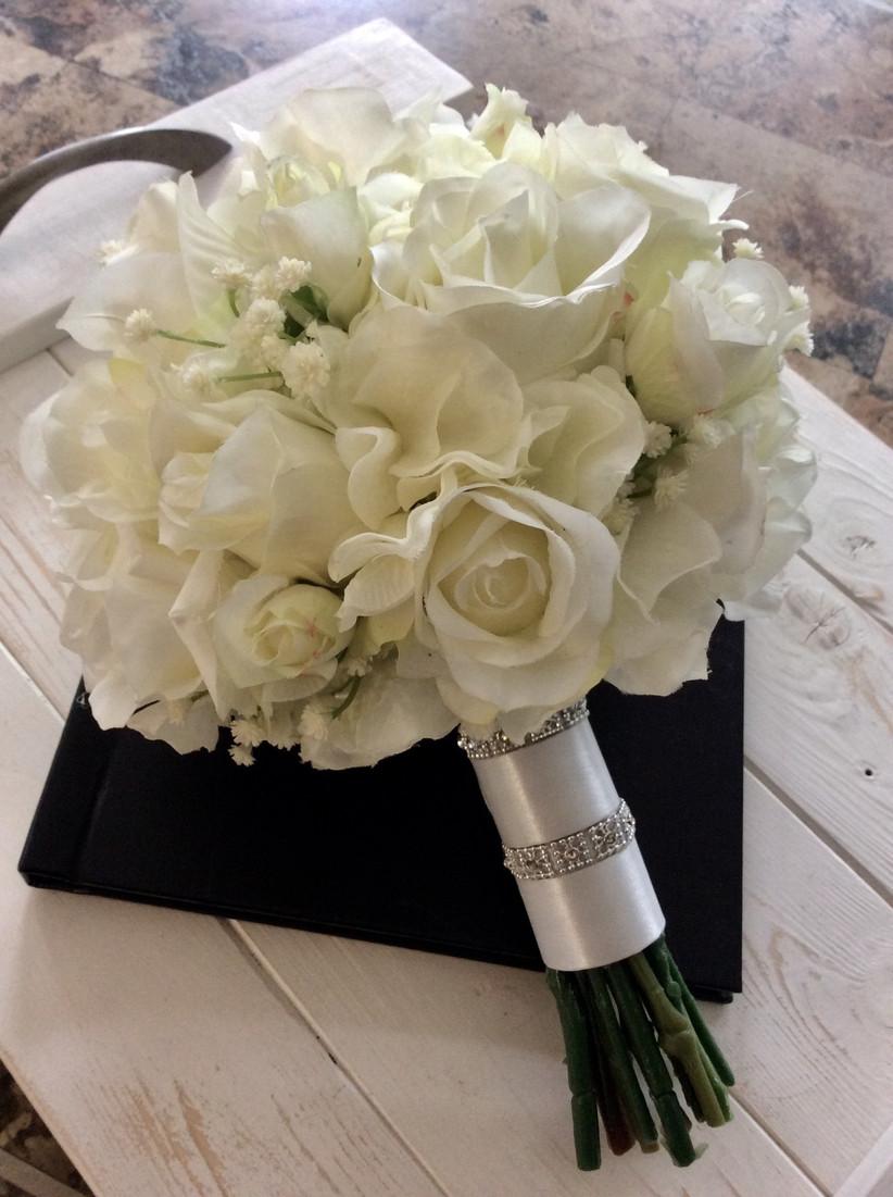 Jewellery wedding bouquet wrap