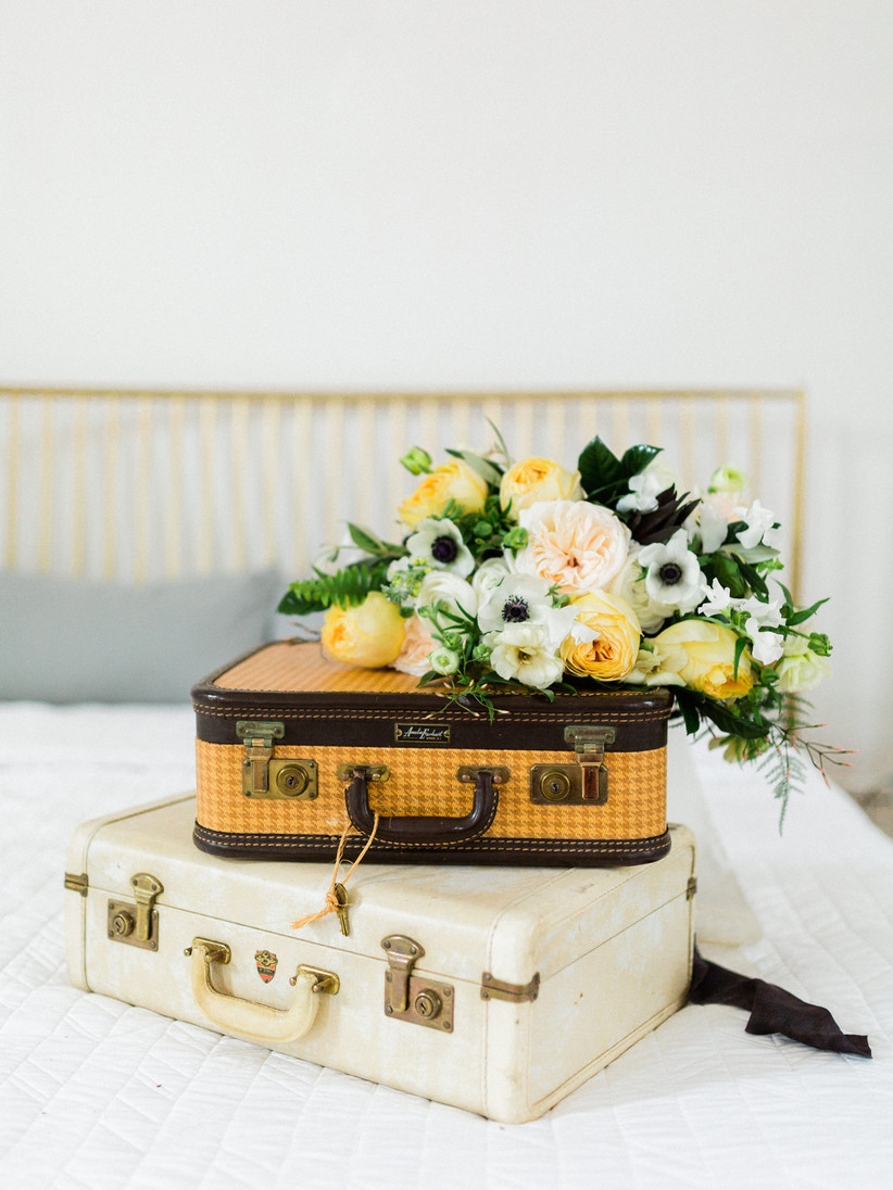 Wedding card box ideas - suitcase