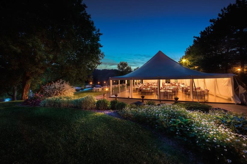 Outdoor Montreal Wedding Venue - La Distinction