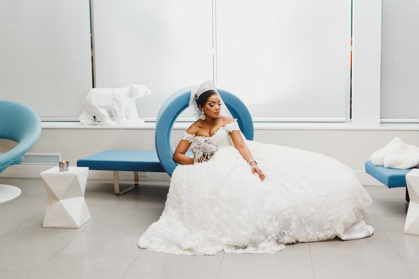 Winter bridal accesssories