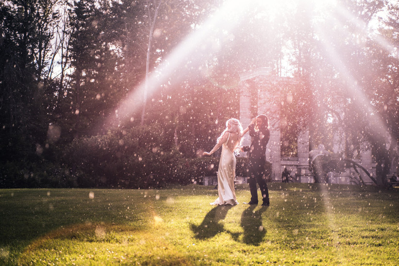 Wedding first dance in the rain