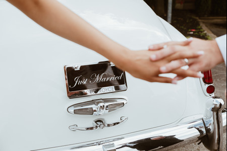 9 Wedding Vendors You'll Need After Your Big Day