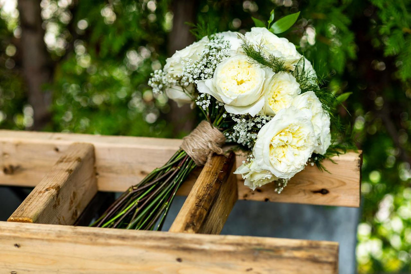 Twine wedding bouquet wrap