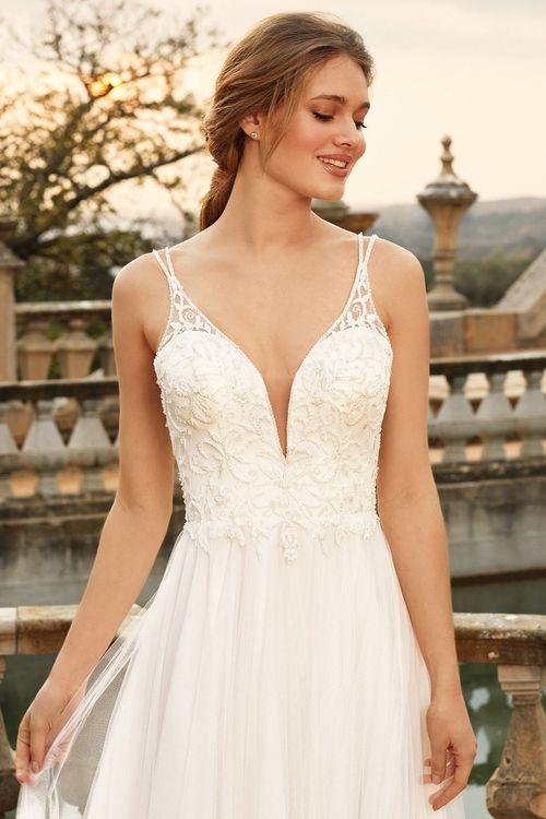 44229, Sincerity Bridal