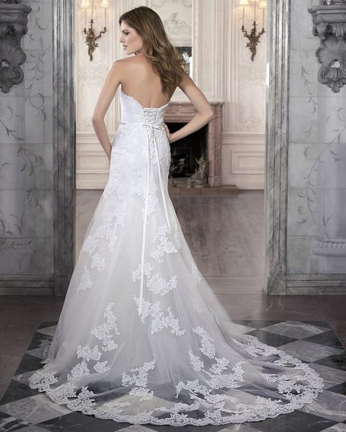 Marty, Maggie Sottero