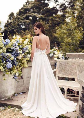 Style 4739, Paloma Blanca