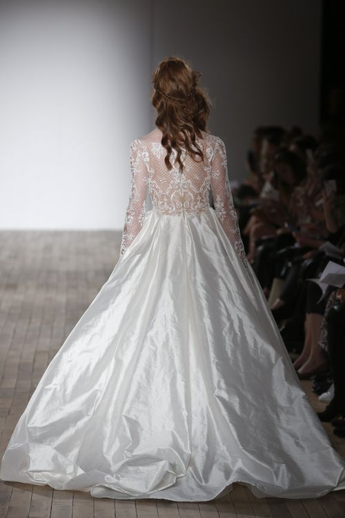 Style 2759, Tara Keely