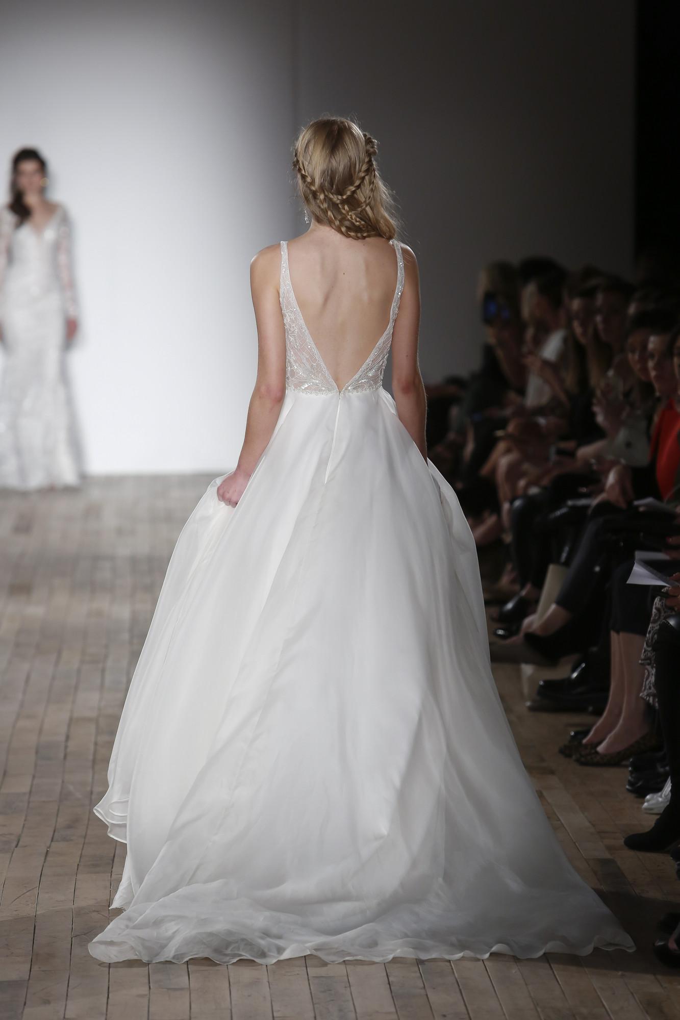Sincerity wedding dress 37351