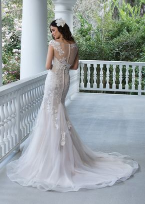 3942, Sincerity Bridal