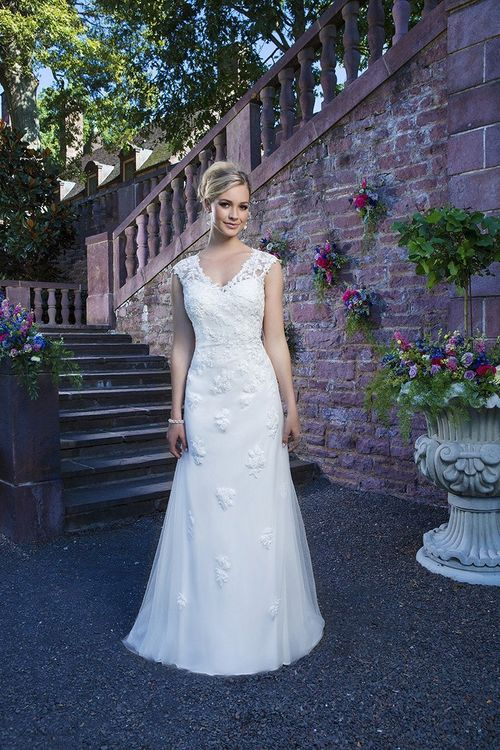 3868, Sincerity Bridal