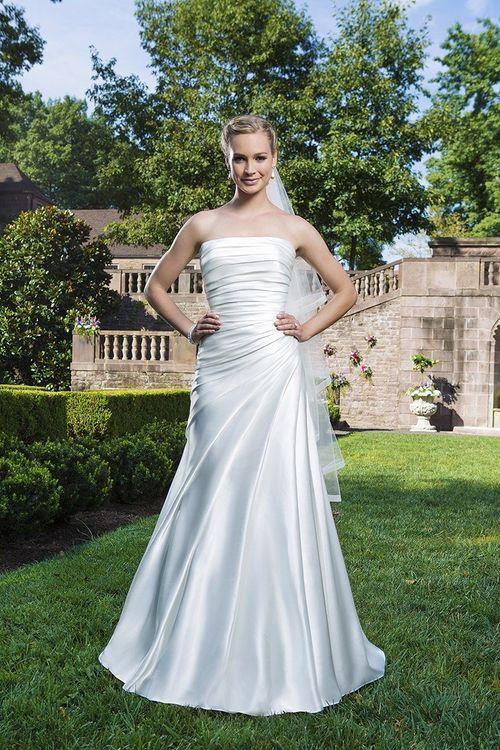3869, Sincerity Bridal