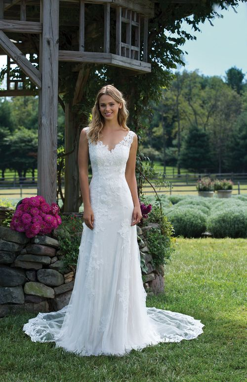 3976, Sincerity Bridal
