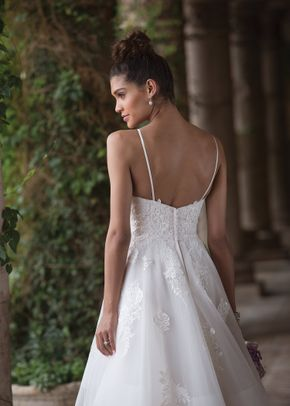 4017, Sincerity Bridal