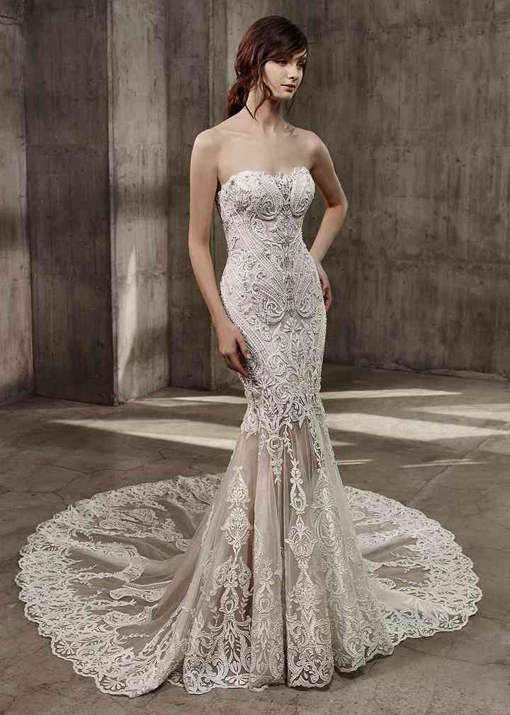 Avita, Badgley Mischka