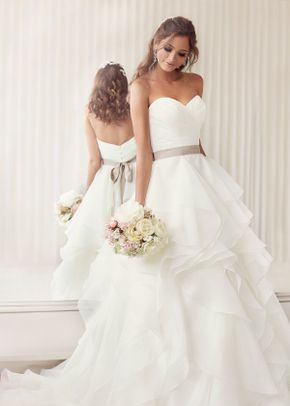 Style 8759, Jim Hjelm Occasions