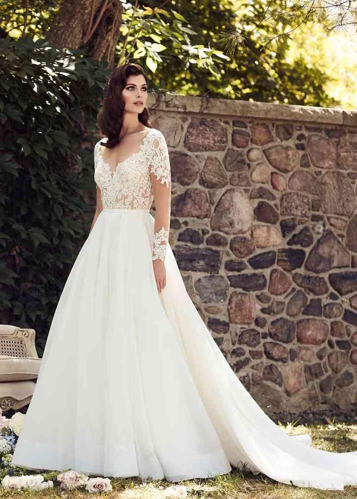 Style 4744, Paloma Blanca