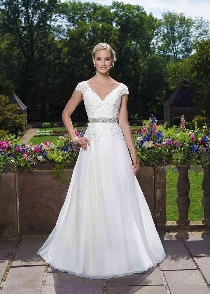 3860, Sincerity Bridal