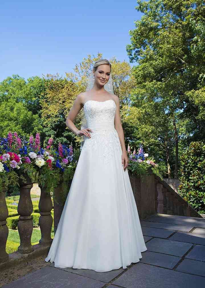 3864, Sincerity Bridal