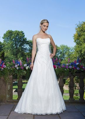 3867, Sincerity Bridal