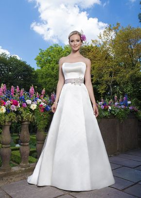 3872, Sincerity Bridal