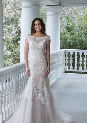 3942, Sincerity Bridal