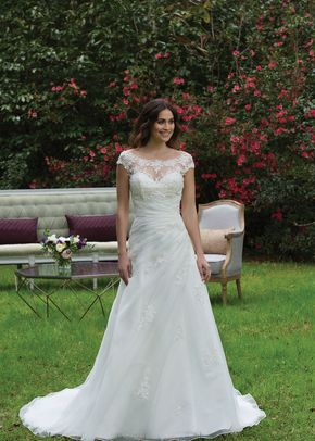 3957, Sincerity Bridal