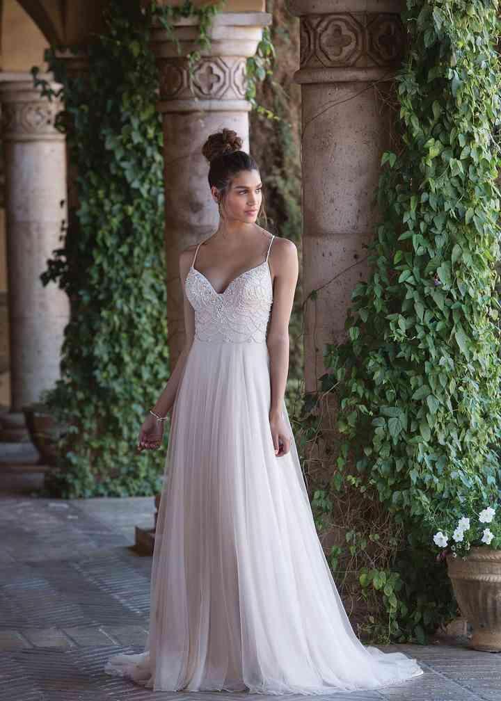 4028, Sincerity Bridal