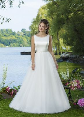 6099, Sweetheart Gowns