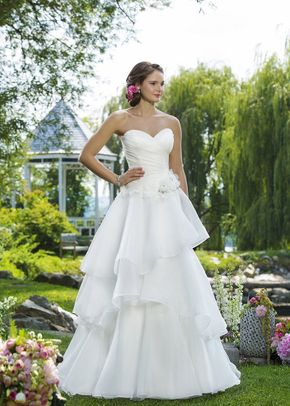 6100, Sweetheart Gowns