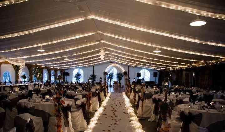 Niverville, Manitoba garden wedding ceremony - photo credit Jeremy Dueck