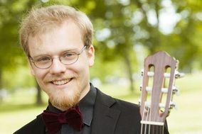 Jonathan Stuchbery - Classical Guitar