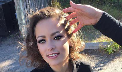 Zhen Makeup Artistry 1