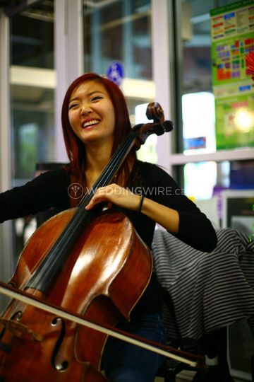 Jasmine Long - Cellist