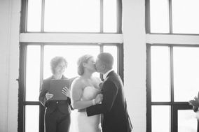 One Moment Bridal Consulting