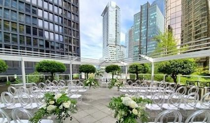 Vancouver Marriott Pinnacle Downtown Hotel 1
