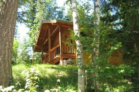 Hillside Lodge and Chalets