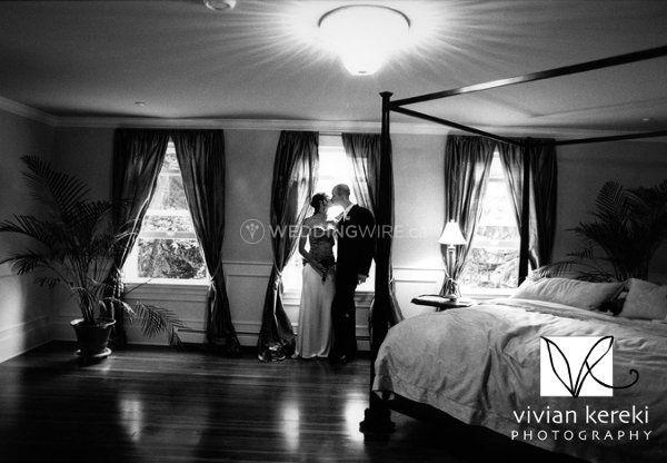 bedroom_wlogo.jpg