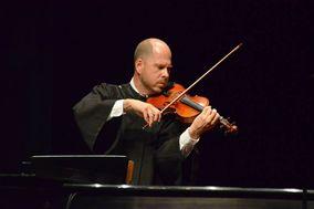 Adam Mikitzel - Violinist